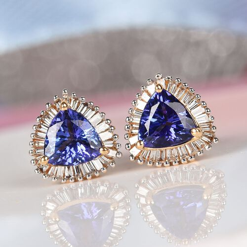 ILIANA 18K Yellow Gold AAA Tanzanite and Diamond (SI/G-H) Stud Earrings (with Screw Back) 1.50 Ct.