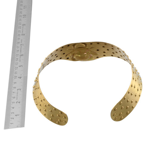 Gold Plated Crab Embossed Pattern Choker Necklace (Size 15)