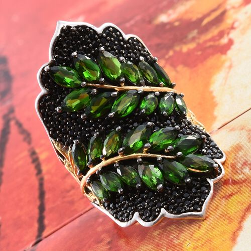 Designer Inspired Russian Diopside (Mrq), Boi Ploi Black Spinel Leaves Ring in Platinum Overlay Sterling Silver 7.250 Ct. Silver wt 13.00 Gms. Number of Gemstone 180