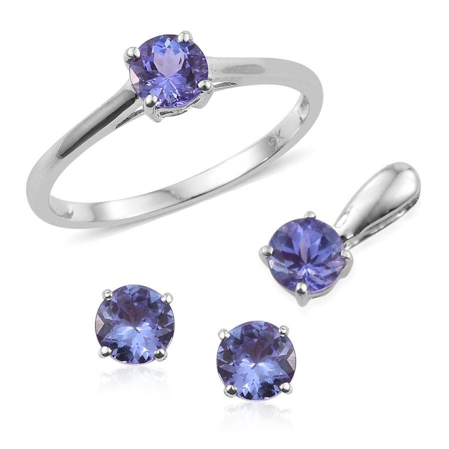 Carat Tanzanite: 9K White Gold 2 Carat Tanzanite Round Solitaire Ring, Pendant And Stud Earrings Set.
