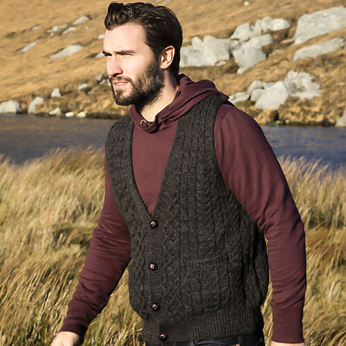 Carraig Donn  100% Wool Knitted Men Gilet with Pocket and Buttons - Charcoal M Size