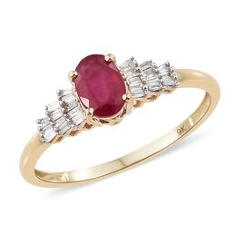 Super Auction - 9K Yellow Gold AA African Ruby (Ovl 1.15 Ct), Diamond Ring 1.350 Ct.