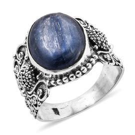Kashmir Blue Kyanite (Ovl 16x12 mm) Ring in Sterling Silver 9.580 Ct, Silver wt 5.00 Gms.