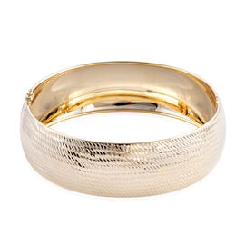 JCK Vegas Collection - Limited Edition Heavy Weight 9K Yellow Gold Diamond Cut Bangle Medium (Size 7