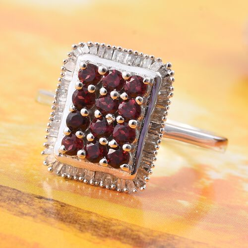 Arizona Anthill Garnet (Rnd), Diamond Ring in Platinum Overlay Sterling Silver 1.080 Ct. Dia Wt 0.33 Cts