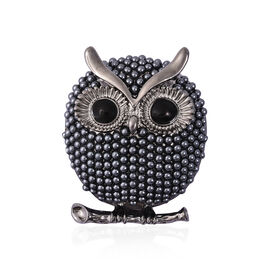 Simulated Pearl Enamelled Owl Brooch in Black Tone