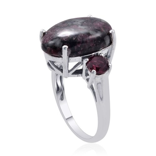 Russian Eudialyte (Ovl 8.50 Ct), Rhodolite Garnet Ring in Platinum Overlay Sterling Silver 10.000 Ct.