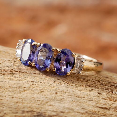 14K Yellow Gold AA Tanzanite (Ovl) Diamond Trilogy Ring 1.500 Ct.