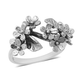 Sterling Silver Floral Ring, Silver wt 4.70 Gms