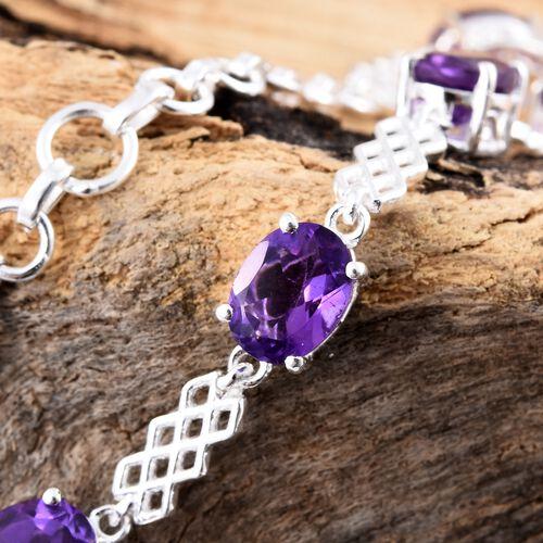 African Amethyst (Ovl) Bracelet (Size 7.5) in Sterling Silver 5.750 Ct. Silver wt 6.55 Gms.