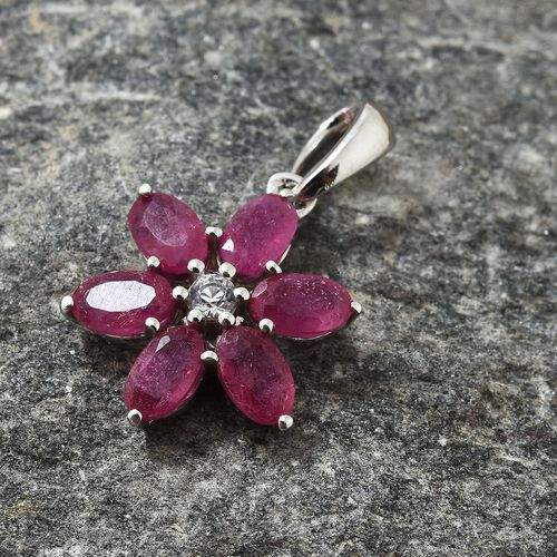 9K White Gold AA African Ruby (Ovl), Natural Cambodian Zircon Floral Pendant 2.100 Ct.