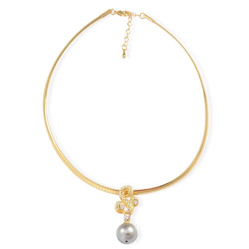 AAA White Austrian Crystal and Simulated White Pearl Necklace (Size 16.5 with Extender) and Earrings (with Push Back) in Gold Tone