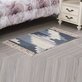 Block Pattern Tufted Rug with Tassel in Cream and Light Grey (Size 57x90cm)