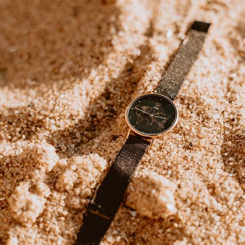 Fortuna Carte du Monde Black Mesh Watch