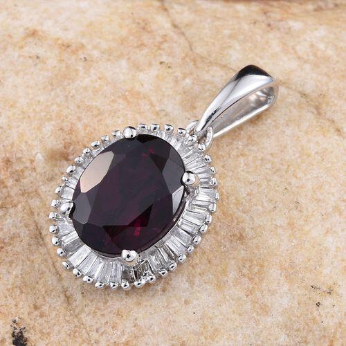 9K W Gold Rare Mozambique Grape Colour Garnet (Ovl 2.35 Ct), Diamond Pendant 2.500 Ct.