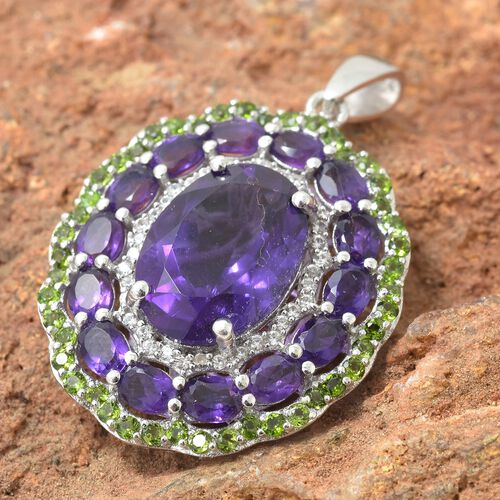 Lusaka Amethyst (Ovl 5.00 Ct), Russian Diopside and Natural Cambodian Zircon Flower Pendant in Platinum Overlay Sterling Silver 7.750 Ct.