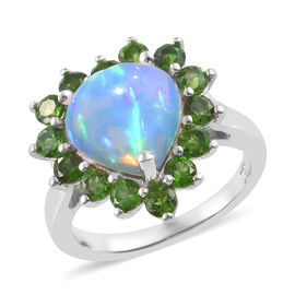 Ethiopian Welo Opal (Hrt 2.250 Ct), Russian Diopside Ring (Size L) in Platinum Overlay Sterling Silver 3.650
