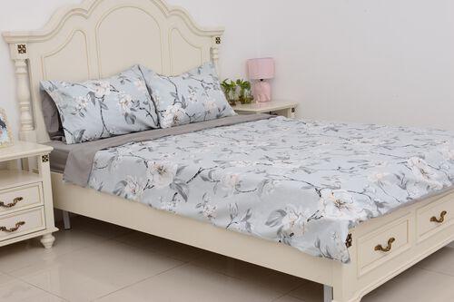 4 Pcs Grey Colour Fitted Sheet (Size 150x200 Cm), Duvet Cover (Size 225x220 Cm) and Pillow Case (Size 50x75 Cm) Grey, Sky Blue and Multi Colour