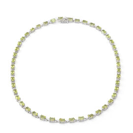 Natural Hebei Peridot Necklace (Size - 18) in Rhodium Overlay Sterling Silver 20.70 Ct, Silver wt. 1