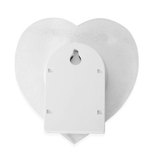 Home Decor- White 3D Acrylic Motion Sensor Night Light (Voltage-4.5v, Watt -2W)