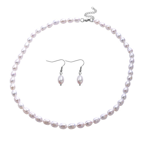 One Time Deal- 2 Piece Set Fresh Water Pearl Earrings and Necklace (Size 20 with 2 inch Extender) in