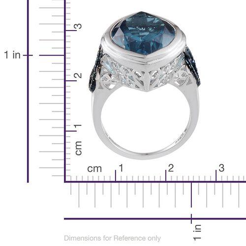 River Quartz (Mrq 18.50 Ct), Blue Diamond Ring in Platinum Overlay Sterling Silver 18.530 Ct.