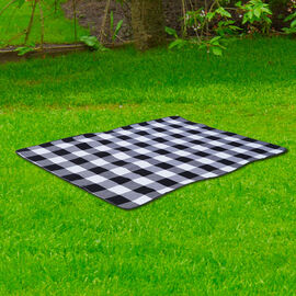 Checker Pattern Picnic Blanket (Size 198x146cm) in Black & White