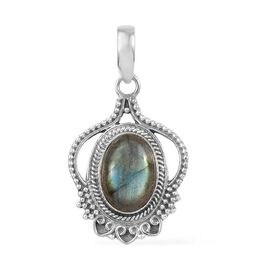 Artisan Crafted Labradorite (Ovl) Pendant in Sterling Silver 7.250 Ct.