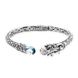 Royal Bali Collection - London Blue Topaz and Black Onyx Bangle in Sterling Silver 4.89 Ct, Silver w