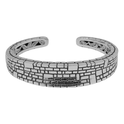 Designer Inspired - Sterling Silver Brick Pattern Bar Bangle (Size 7.5), Silver wt 40.00 Gms.