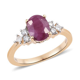 ILIANA 18K Yellow Gold AAA Burmese Ruby (Ovl), (SI/G-H) Diamond Ring 2.200 Ct.