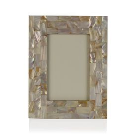 Natural Mother of Pearl Handcrafted Picture Frame (Size 4 x 6 Inches) Ivory