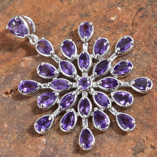 Amethyst (Pear) Snowflake Pendant in Platinum Overlay Sterling Silver 4.750 Ct, Silver wt 6.59 Gms.