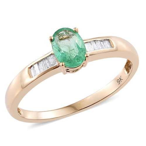 9K Yellow Gold Boyaca Colombian Emerald (Ovl), Diamond Ring 0.900 Ct.
