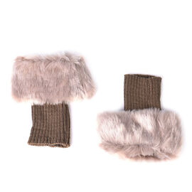 Pair of Crochet Faux Fur Knit Boot Toppers-Brown Size:W15*L25cm Material:acrylic Weight:65g