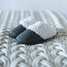 ARAN Tweed Slip-on Slippers with Fur Lining - Green