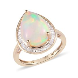9K Yellow Gold AAA Ethiopian Welo Opal and Diamond Ring 3.50 Ct.