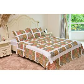 Red, Green, Blue and Multi Colour Floral Printed White Colour Quilt (Size 250X220 Cm) with 2 Shams (