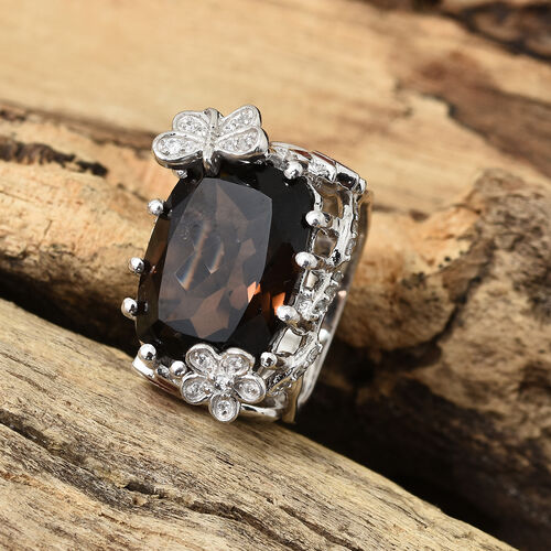 GP Brazilian Smoky Quartz (Cush 10.00 Ct), Natural Cambodian Zircon and Kanchanaburi Blue Sapphire Ring in Platinum Overlay and Enamled Sterling Silver 10.500 Ct, Silver wt 9.13 Gms.