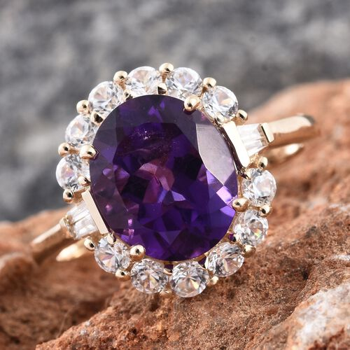 Limited Edition 9K Yellow Gold AAA Zambian Amethyst (Ovl 4.50 Ct), Diamond and Natural Cambodian Zircon Ring 6.000 Ct.