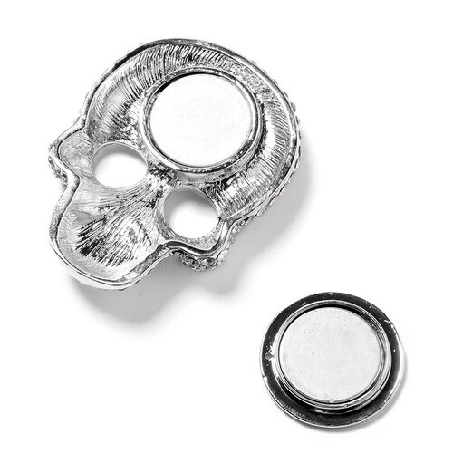 Close Out Deal - Austrian White Crystal (Rnd) Skull Brooch in Silver Plated.