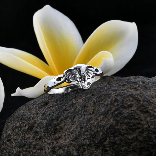 Royal Bali Collection Sterling Silver Ring, Silver wt 3.47 Gms