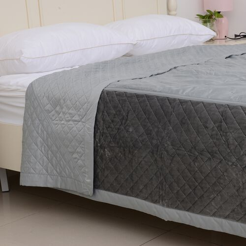 Premium Collection-Patchwork Matt Sateen Winter Quilt with Embroidery Micro Mink Border in Teal Colour (King Size 240x260 cm)