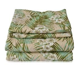 Green and Multi Colour Floral and Leaves Pattern Microfiber Reversible Quilt (Size 260X240 Cm) and 2 Pillow Shams (Size 70X50 Cm)