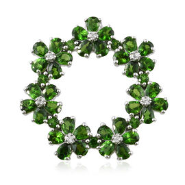 Russian Diopside (Pear), Natural Cambodian Zircon Floral Pendant in Platinum Overlay Sterling Silver 6.500 Ct, Silver wt 5.65 Gms.