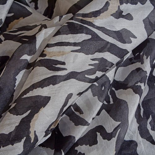 100% Mulberry Silk Black and White Zebra Pattern Scarf (Size 180x100 Cm)