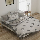 One Time Deal-100% Cotton Hand Quilted Block Print Quilt in Royal Style (Size 220x150 Cm) - White an