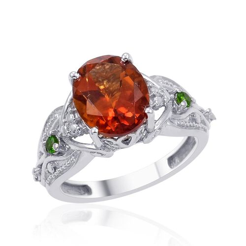 Madeira Citrine (Ovl 2.25 Ct), Russian Diopside and Diamond Ring in Platinum Overlay Sterling Silver 2.350 Ct.