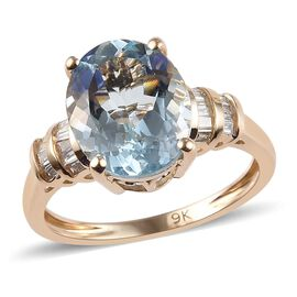 3.40 Ct AAA Espirito Santo Aquamarine and Diamond Solitaire Ring in 9K Yellow Gold 2.22 Grams