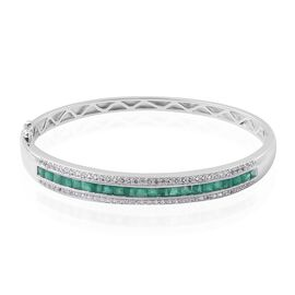 Super Auction: AAA Brazilian Emerald (Princess), White Topaz Bangle (Size 7.5) in Rhodium Overlay Sterling Silver 5.24 Ct, Silver wt 19.50 Gms.